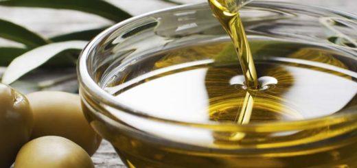 Olive Oil To Treat Dandruff