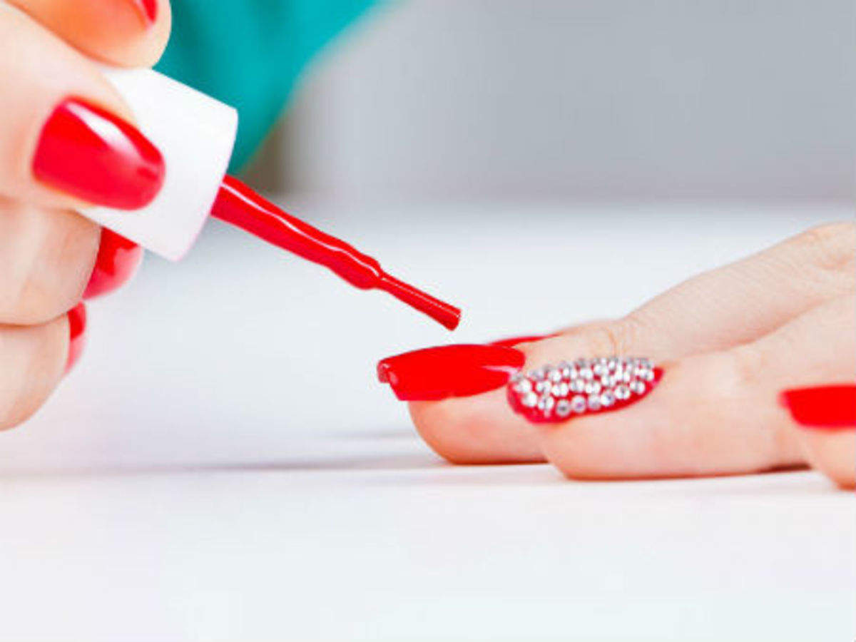 Peel-Off Nail Paints In 2021